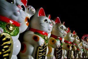 並ぶ招き猫