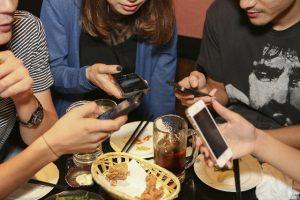 iPhoneと飲み会