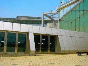国際ロボット展の建物1
