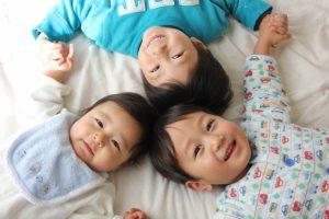三人の子供