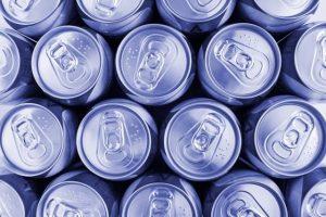 たくさんの缶